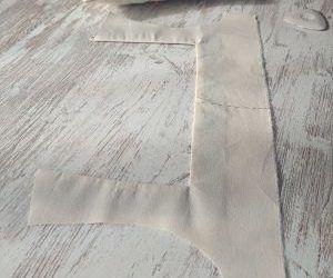 Cómo coser un escote cuadrado