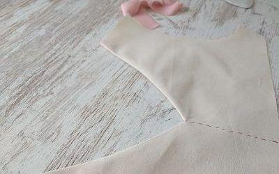 Cómo coser un escote en pico